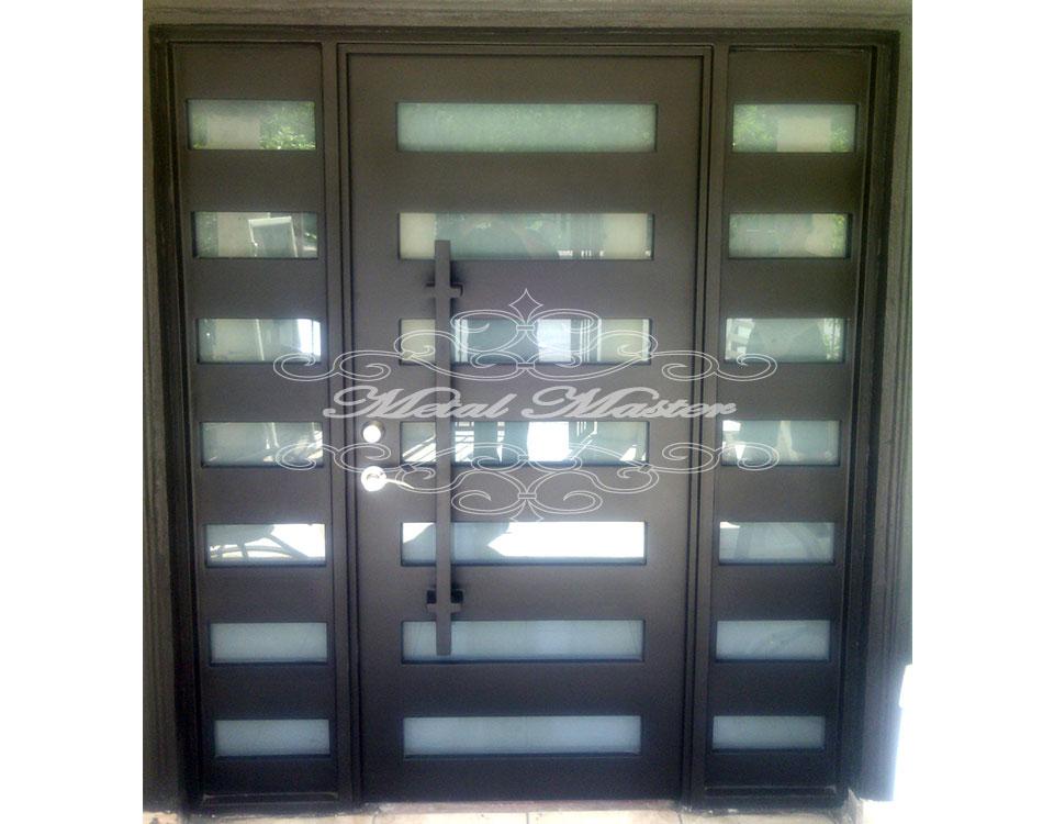 Puertas contempor neas metal master for Modelos de puertas principales en metal