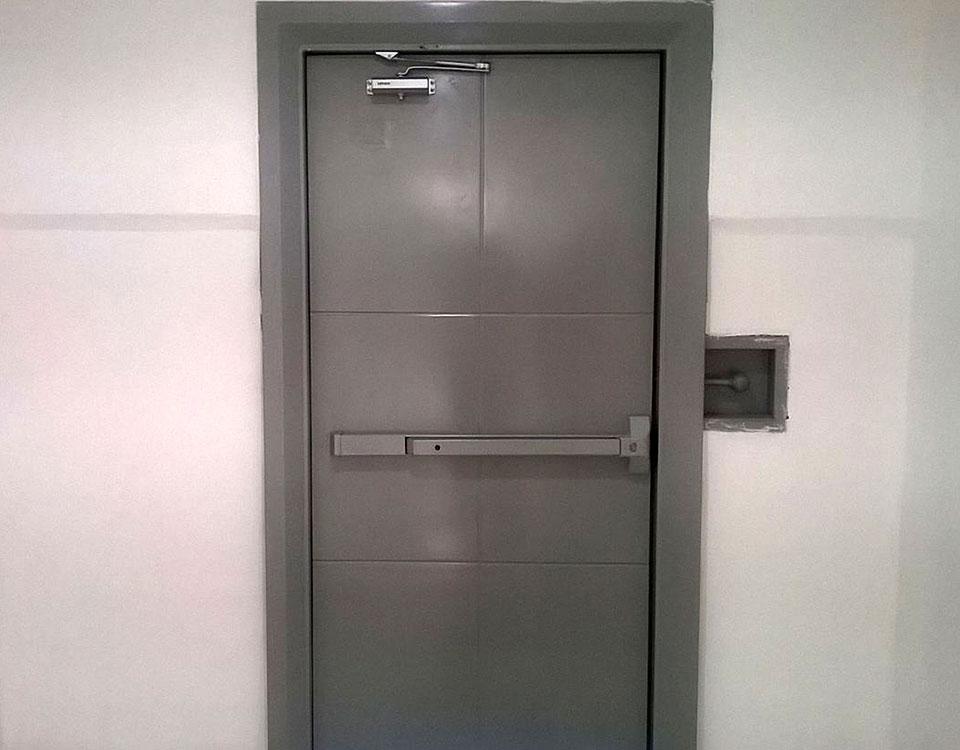 Puertas de seguridad metal master - Cerrojos de seguridad para puertas ...